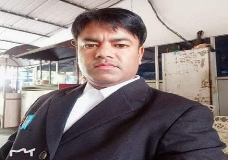 जान की परवाह किए बगैर दलितों को न्याय दिलाते वकील रजत कलसन..