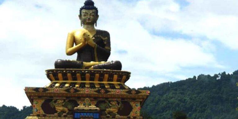 असमानता, सामाजिक भेदभाव… क्यों बौद्ध धर्म अपना रहे हैं दलित?