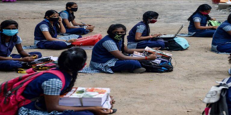 SC छात्रों को 10वीं के बाद सरकार देती है लाखों की स्कॉलरशिप, ऐसे करें अप्लाई, पूरी डिटेल